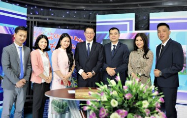 Watanabe Pipe Vietnam  visited and worked with reality TV HDTV